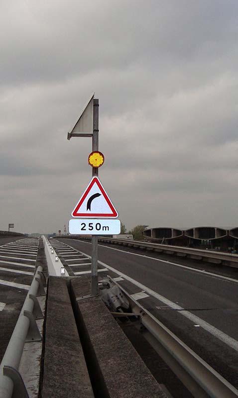 feux type R1 SIGNALTECH ILE DE FRANCE NORMANDIE